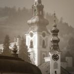 štiavnické veže v hmle